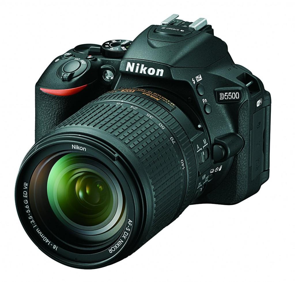 Nikon d5500 w18-140mm lens