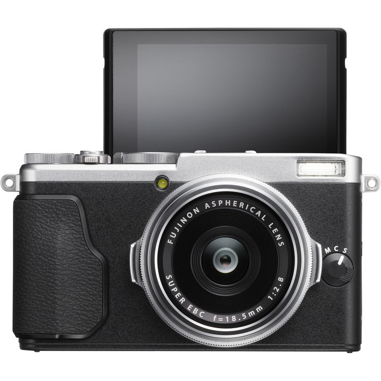 the current Fujifilm X70